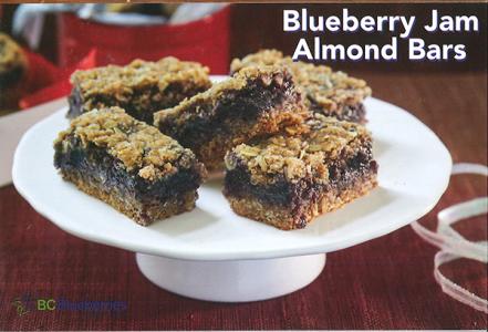 ブルーベリージャムのアーモンド・バー(レシピ from BC Blueberries)