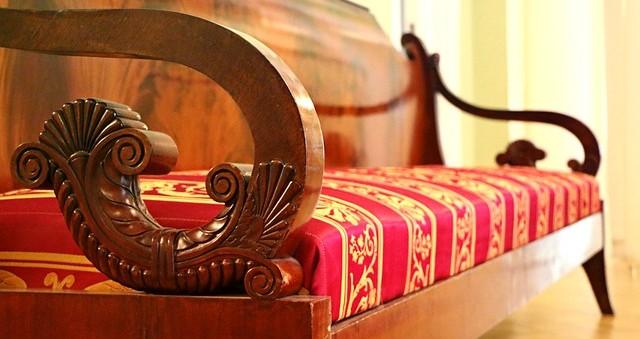 sofa-1603928_640