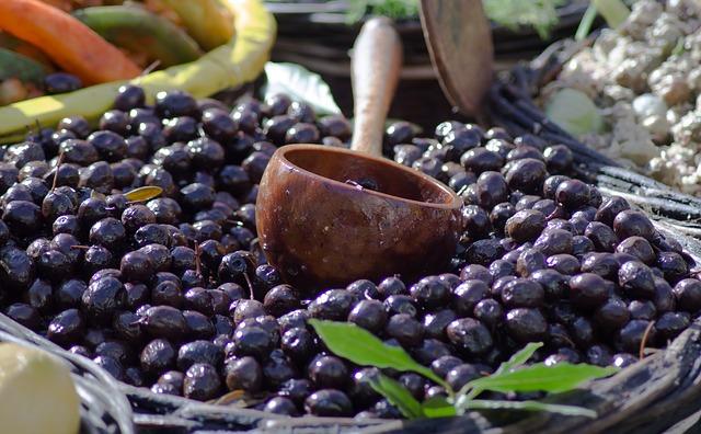olives-4047263_640