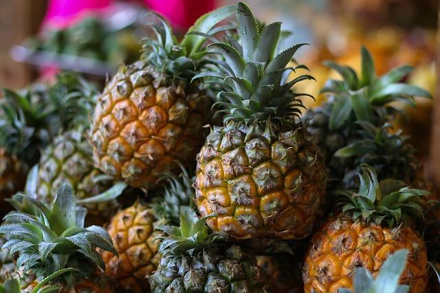 pineapple-2220704_640